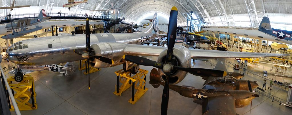 enola_gay_on_display_at_udvar-hazy